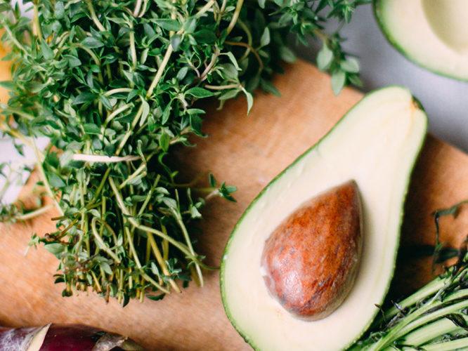 avokádová pomazánka na 3 způsoby
